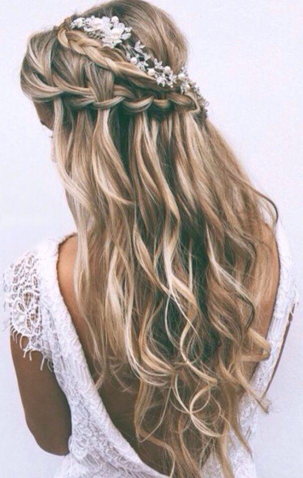 Coiffure De Mariage 2017 Balayage Wavy Hair With Waterfall