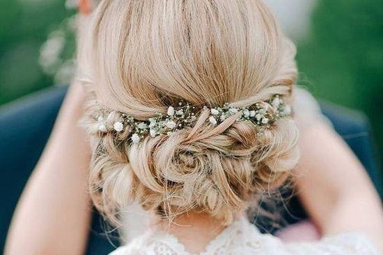 coiffure de mariage 2017 cool coiffure de mariage 2017 une coiffure de mari e champ tre. Black Bedroom Furniture Sets. Home Design Ideas
