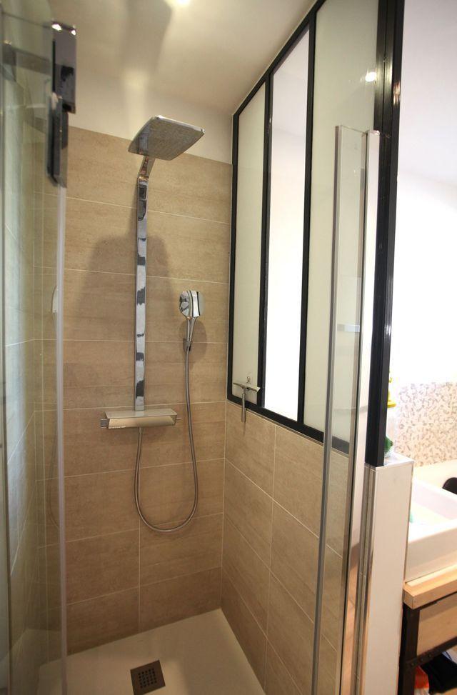 id e d coration salle de bain 6 m2 pour une petite salle de bains familiale listspirit. Black Bedroom Furniture Sets. Home Design Ideas