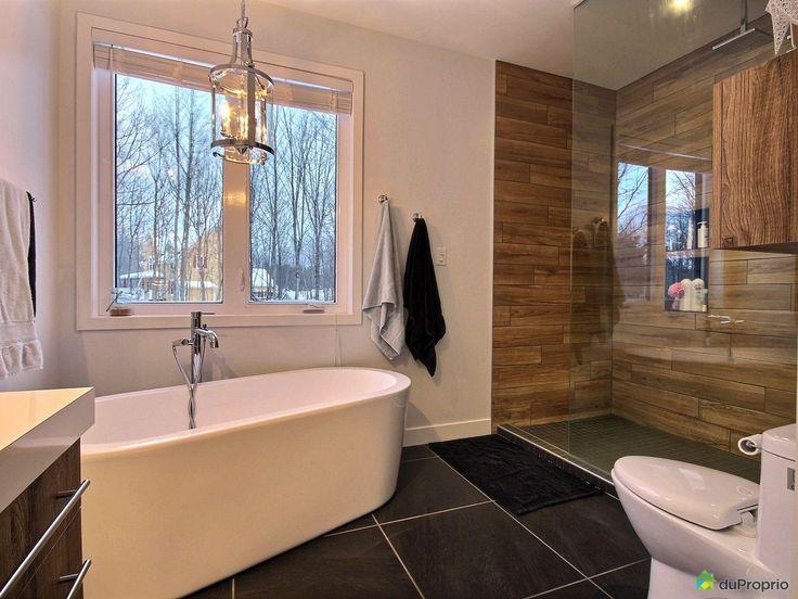 id e d coration salle de bain magnifique construction neuve dans le domaine du bourg ch tillon. Black Bedroom Furniture Sets. Home Design Ideas