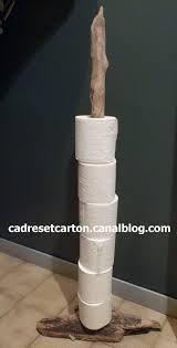 id e d coration salle de bain support papier toilette en branche sur pied recherche google. Black Bedroom Furniture Sets. Home Design Ideas