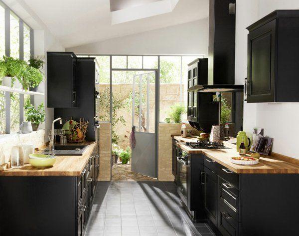 Id e relooking cuisine la cuisine bois et noir c 39 est le chic sobre raffin - Relooking cuisine rustique ...