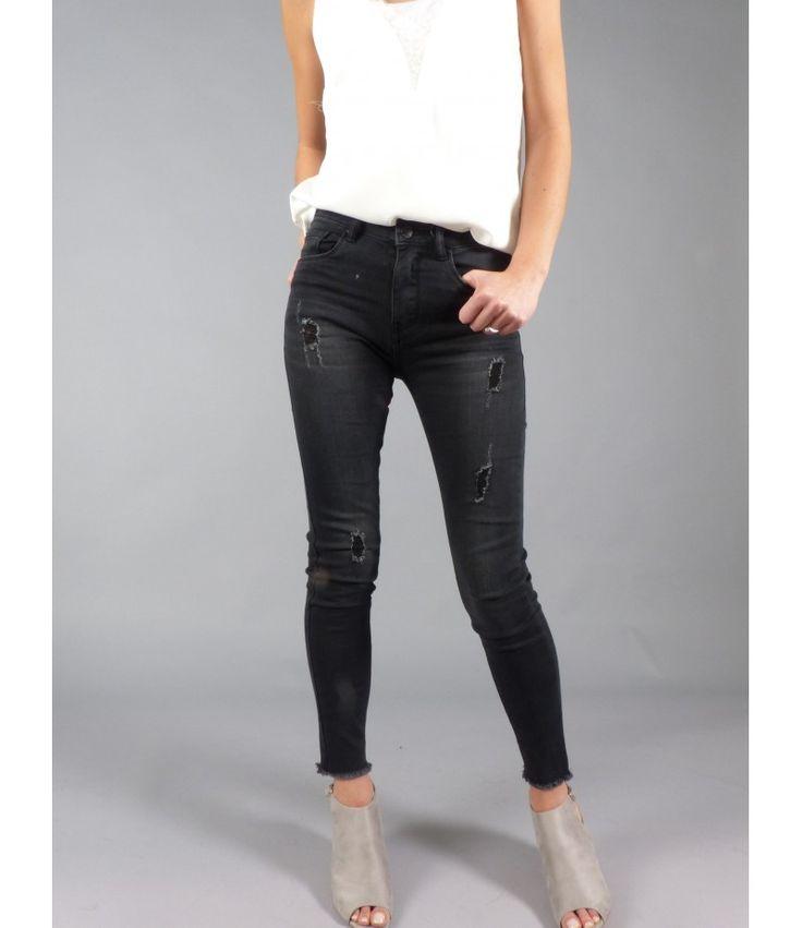 061e7975ebdcb Description. Vêtements tendance pour femme sur votre boutique de mode en  ligne ...
