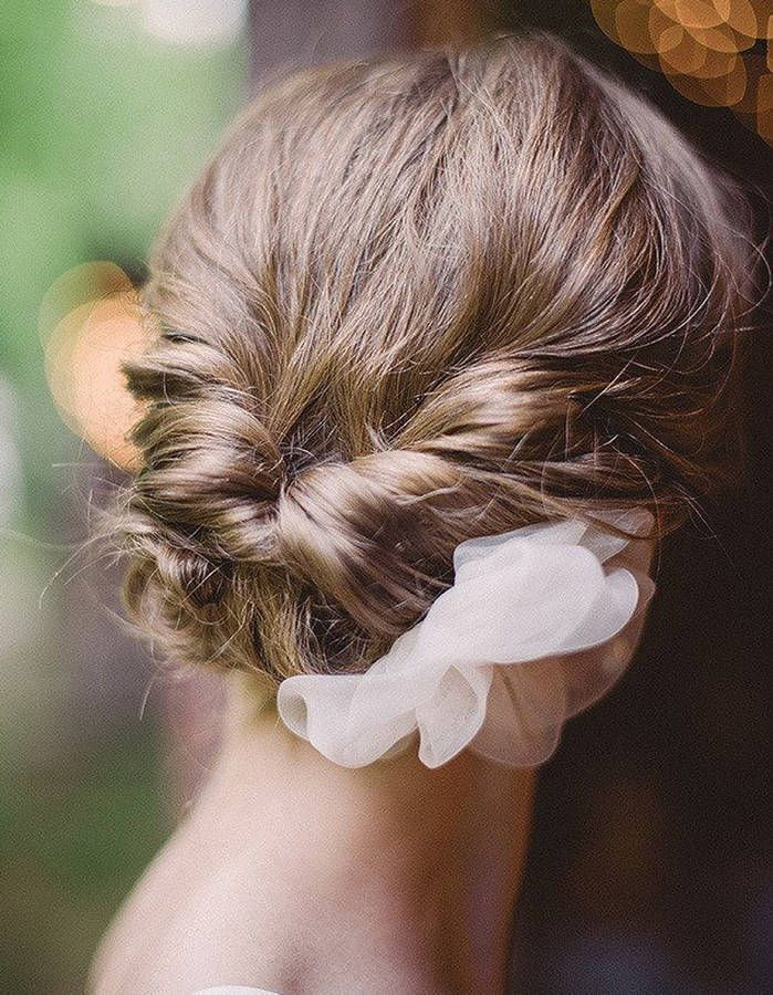 coiffure de mariage 2017 awesome coiffure de mariage 2017 chignon de mariage sur cheveux. Black Bedroom Furniture Sets. Home Design Ideas