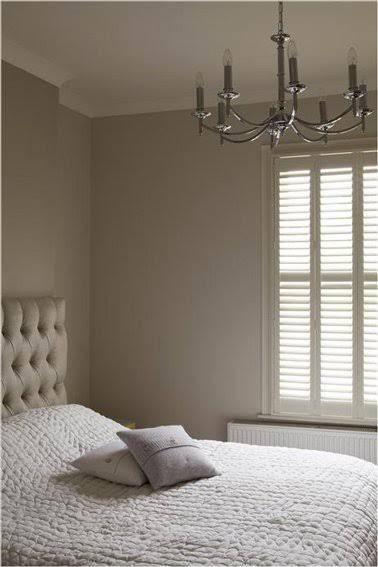 d co salon la douceur d 39 une peinture couleur lin dans la chambre leading. Black Bedroom Furniture Sets. Home Design Ideas