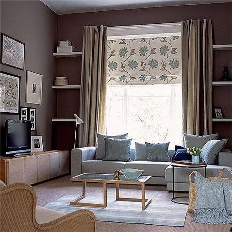 description salon couleur peinture taupe et canap gris clair
