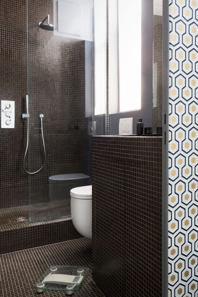 id e d coration salle de bain douche ou baignoire leading inspiration. Black Bedroom Furniture Sets. Home Design Ideas