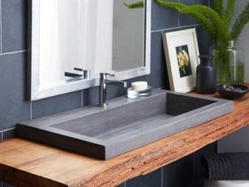 id e d coration salle de bain carrelage noir et blanc petite salle de bain porte noire un. Black Bedroom Furniture Sets. Home Design Ideas