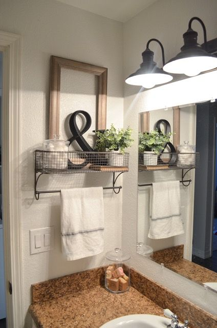 Idée décoration Salle de bain  farmhouse bathroom organization. Farmhouse bathroom decor. towel