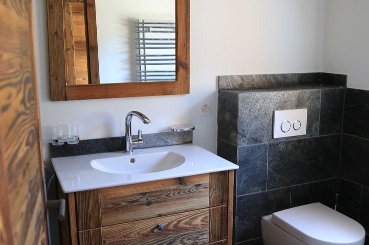 Id e d coration salle de bain meuble salle de bain rustique meuble salle de bain rustique en for Chambre de bain rustique