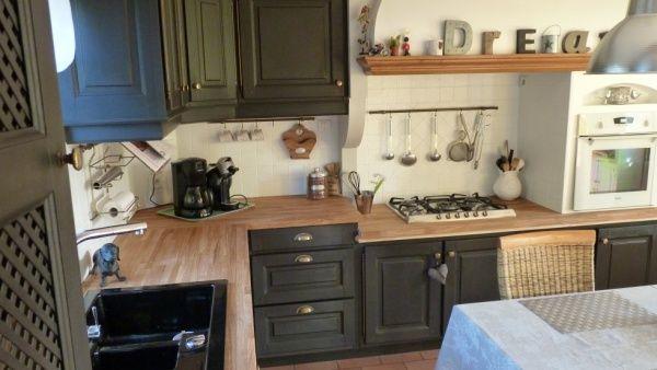 Idée relooking cuisine - cuisine bois noire et blanche ...