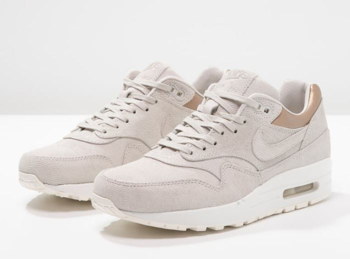 tendance chaussures 2017 nike sportswear air max 1 premium baskets basses gamma grey metallic. Black Bedroom Furniture Sets. Home Design Ideas