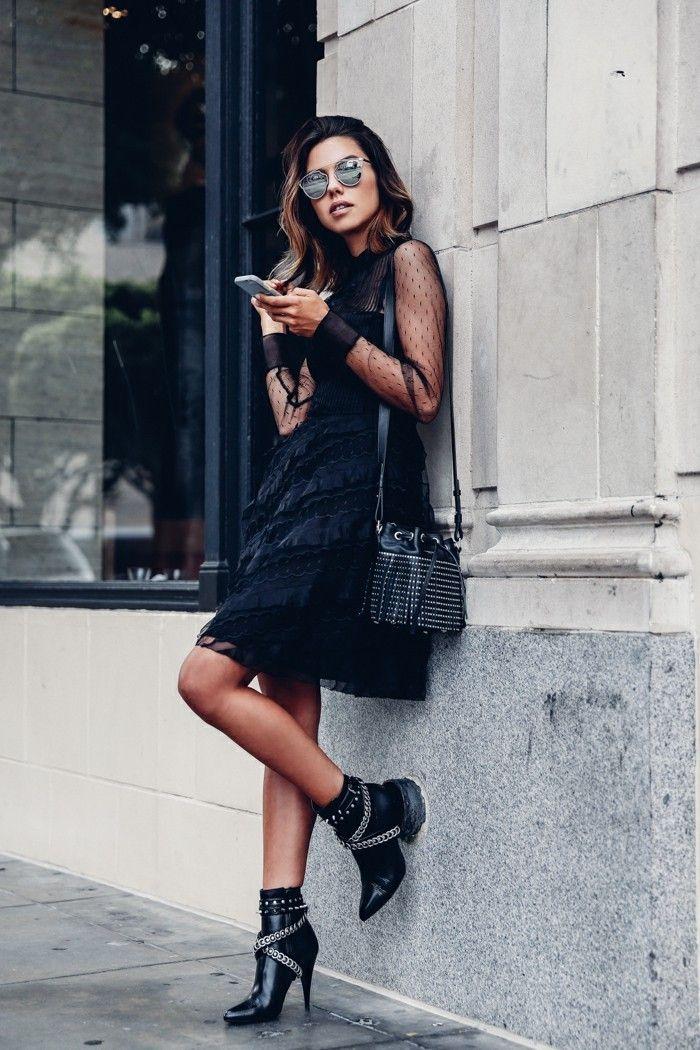 tendance chaussures 2017 tenue avec bottines robe noire avec manches en dentelles lunettes. Black Bedroom Furniture Sets. Home Design Ideas
