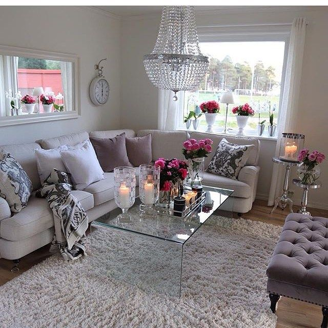 d co salon beautiful neutral living room with a pop of color leading. Black Bedroom Furniture Sets. Home Design Ideas