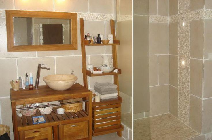 salle de bain galet et bois. Black Bedroom Furniture Sets. Home Design Ideas