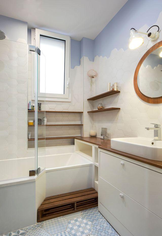 Idée décoration Salle de bain - Le dégradé du blanc au bleu apporte ...