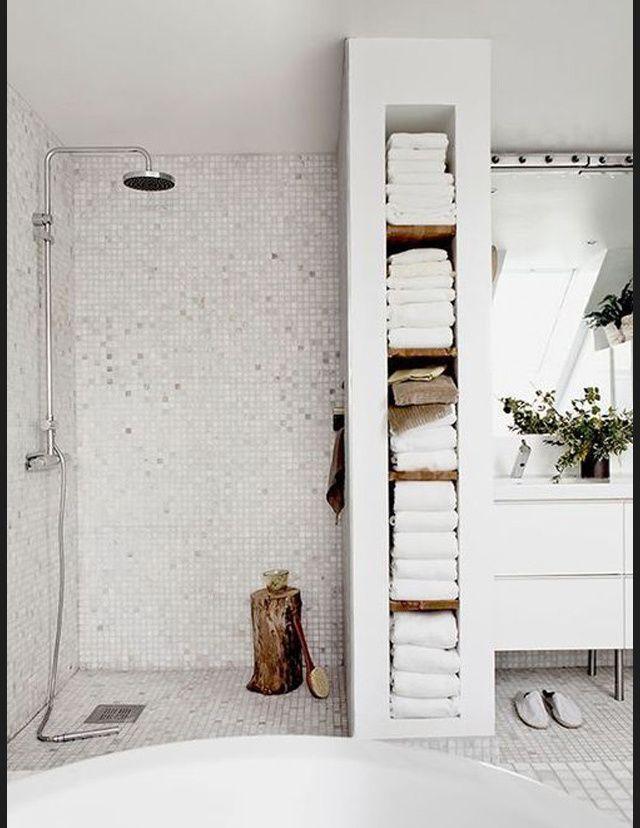 Id e d coration salle de bain les salles de bains vues for Idee salle de bain blanche