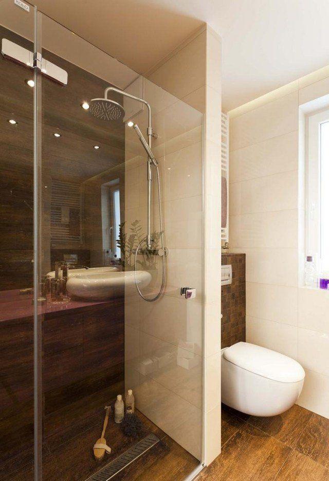Id e d coration salle de bain salle de bains l gante avec carrelage mural d 39 aspect bois - Decor mural salle de bain ...
