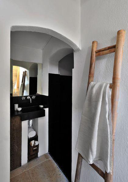 id e d coration salle de bain une alc ve pour une salle. Black Bedroom Furniture Sets. Home Design Ideas