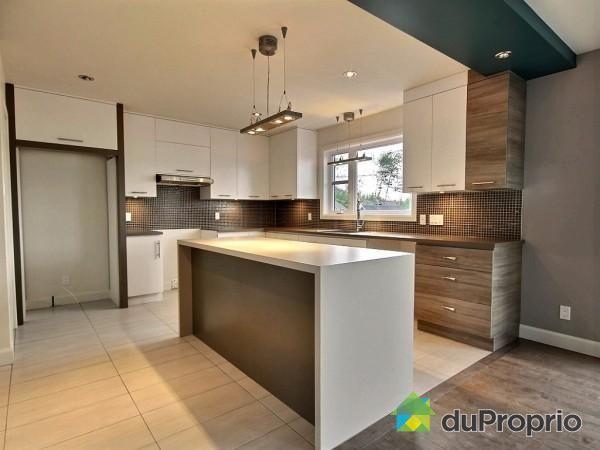 Id e relooking cuisine maison neuve vendre l vis for Deco cuisine levis