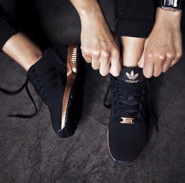 basket adidas femme noir et rose