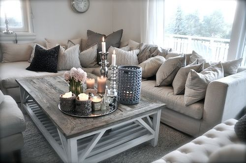 d co salon livingroom salon couleur pale gris blanc beige chandelles sofa deco hom. Black Bedroom Furniture Sets. Home Design Ideas