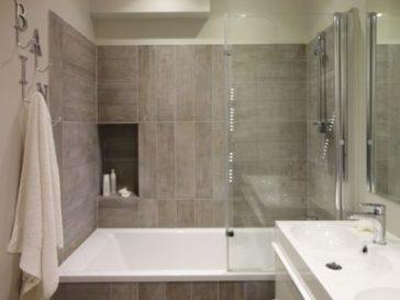 Id e d coration salle de bain salle de bains moderne for Salle de bain 6000 euros
