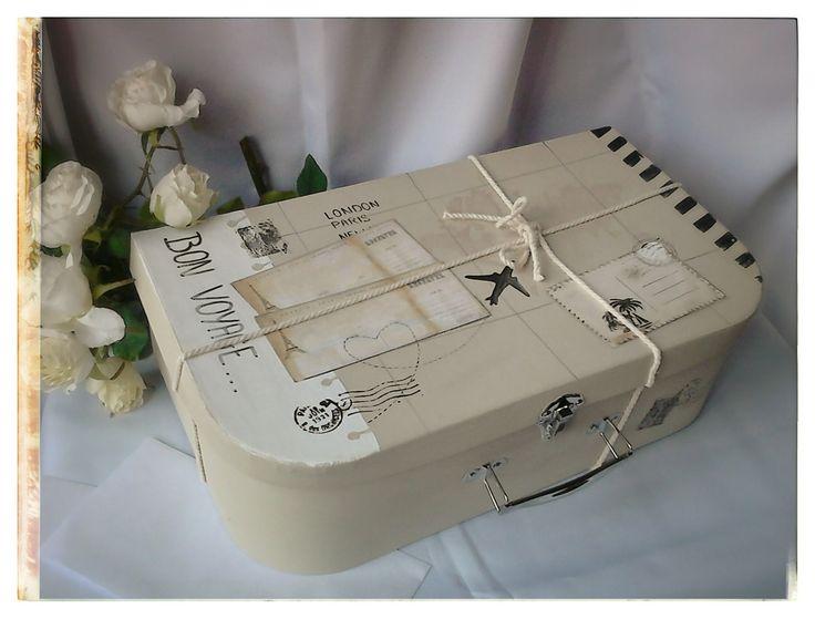 id es cadeaux pour la f te des m res 2017 urne de mariage valise bon voyage bo tes. Black Bedroom Furniture Sets. Home Design Ideas