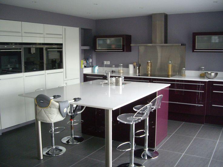 salle manger cuisine ouverte haute de gamme plan de travail et ilot central en qartz la. Black Bedroom Furniture Sets. Home Design Ideas