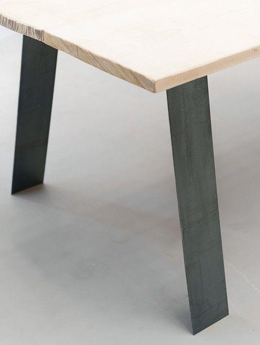 salle manger des pieds sous ma table mod le gat o leading. Black Bedroom Furniture Sets. Home Design Ideas