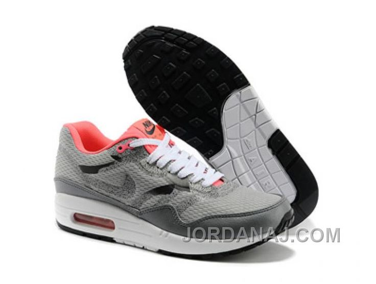 uk availability 2c963 8a703 Description. Nike Sportswear AIR MAX 1 PREMIUM Baskets basses gamma grey metallic  golden tan prix ...