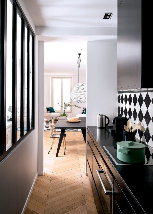 d co salon un appartement doux et harmonieux paris marie claire maison. Black Bedroom Furniture Sets. Home Design Ideas