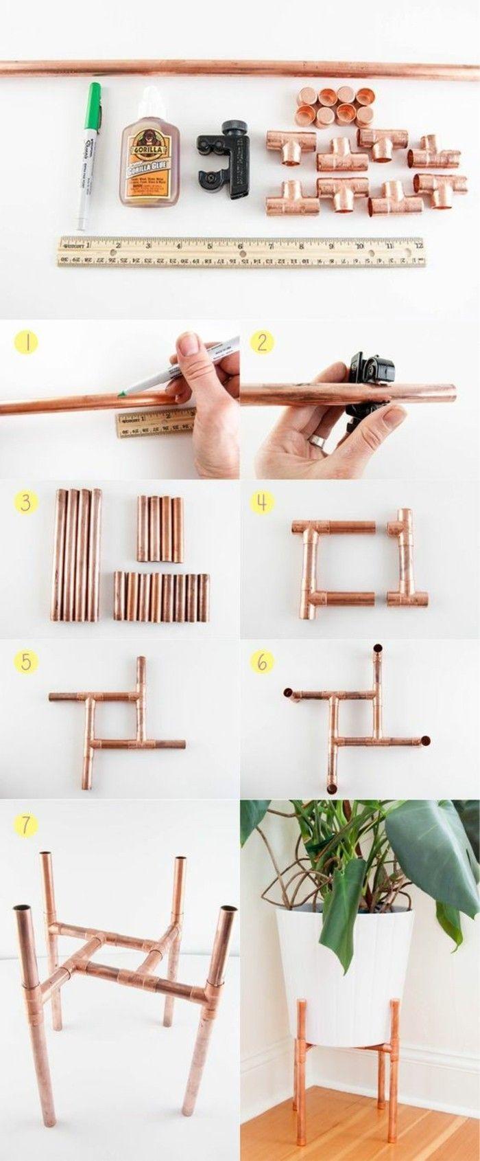D co salon un beau objet pour d corer un coin du salon porte plante en tuyau cuivre - Deco salon cuivre ...