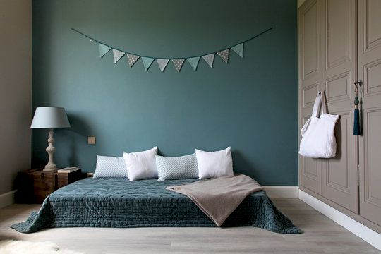 Chambre Vert Et Gris Photos  Design Trends   ShopmakersUs