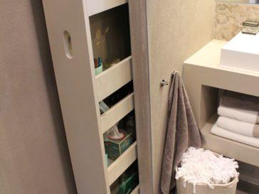 Idée décoration Salle de bain - Du papier peint adhésif qui imite ...