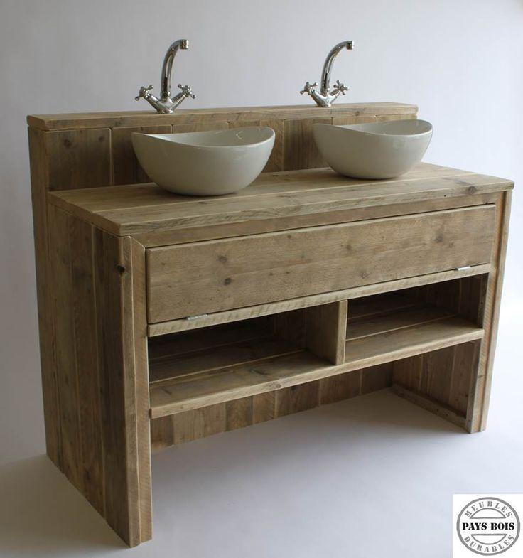 Id e d coration salle de bain meuble salle de bain pays bois avec clapet for Salle de bain deco bois