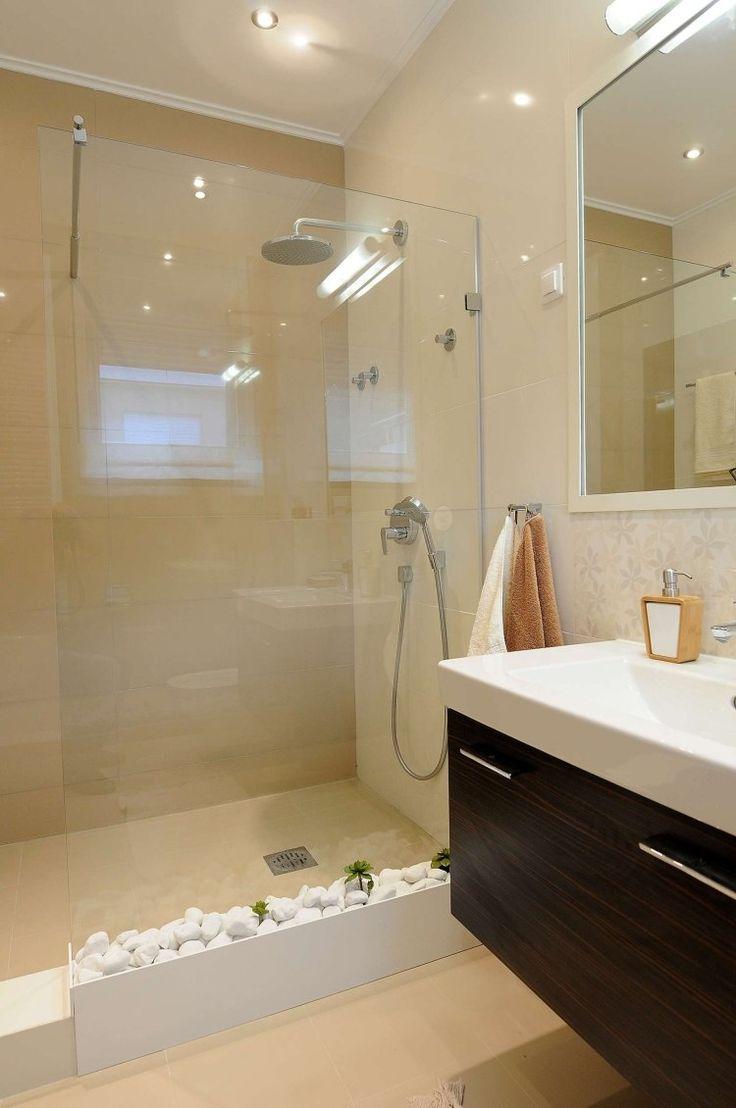 Id e d coration salle de bain petite salle de bains avec for Decoration douche salle de bain