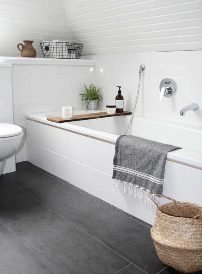 id e d coration salle de bain salle de bain avec baignoire blanche et sol carrelage gris. Black Bedroom Furniture Sets. Home Design Ideas