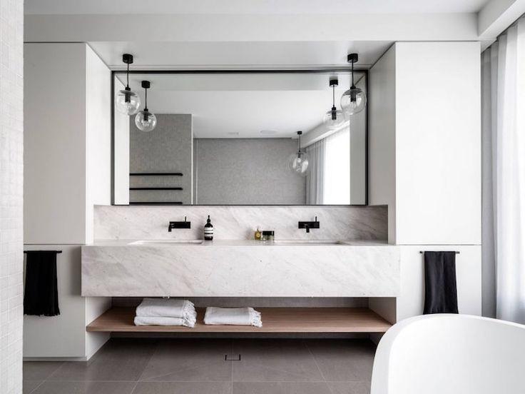 Idée décoration Salle de bain - salle de bain design en marbre blanc ...