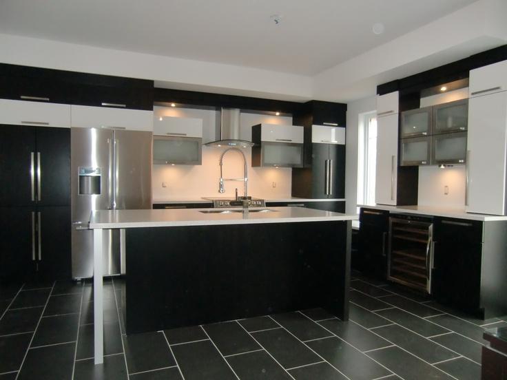 Id e relooking cuisine armoire de cuisine moderne avec for Armoire de cuisine vaudreuil dorion