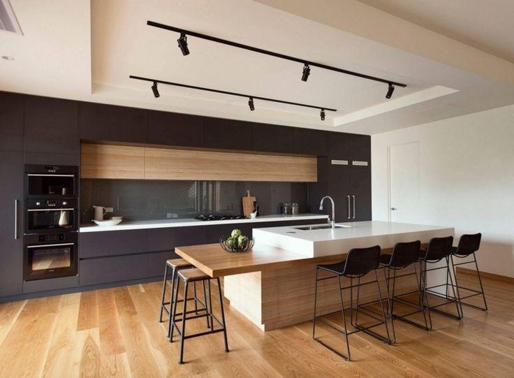 Cuisines modernes photo de cuisine noire et bois