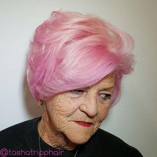 Coupe de cheveux pour femme 70 ans