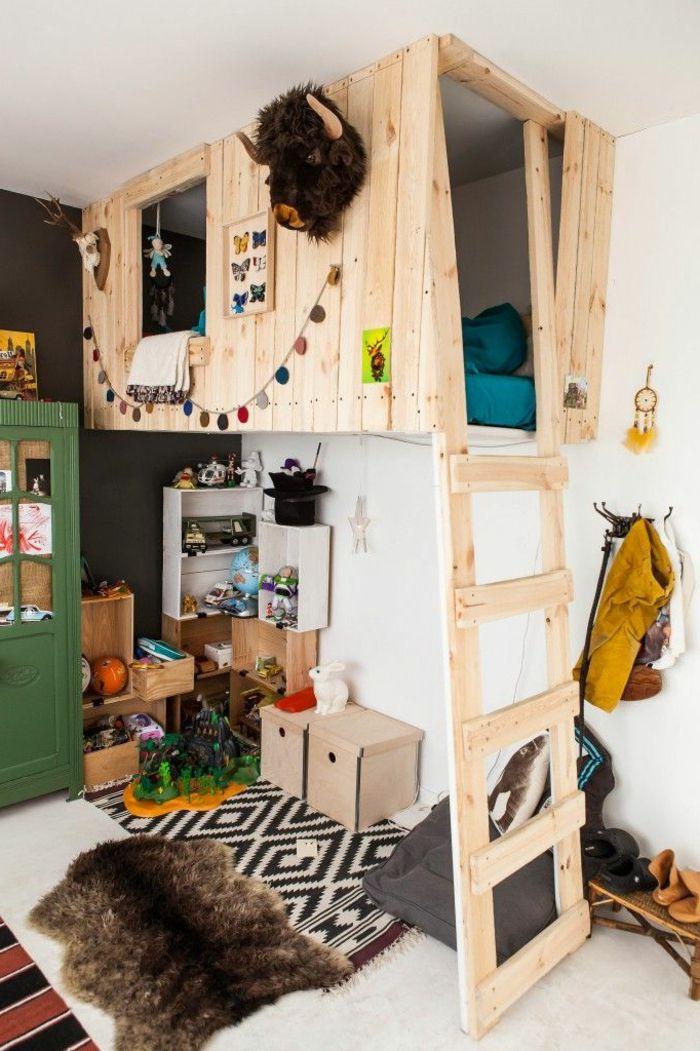 relooking et d coration 2017 2018 mezzanine clair e dans la chambre d 39 enfant lit cabane en. Black Bedroom Furniture Sets. Home Design Ideas