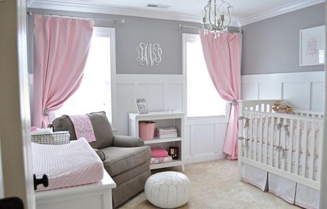 relooking et d coration 2017 2018 une chambre b b fille avec rideaux en rose p le et murs. Black Bedroom Furniture Sets. Home Design Ideas