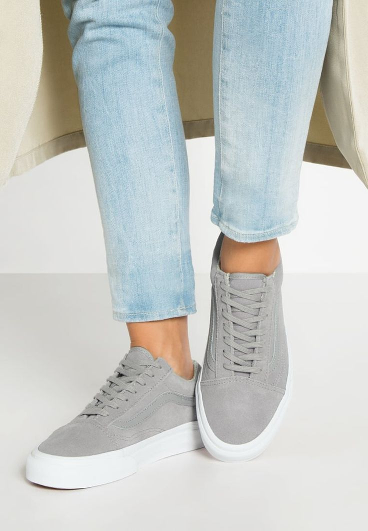 tendance basket 2017 femme vans old skool baskets basses gray true white gris 90 00. Black Bedroom Furniture Sets. Home Design Ideas