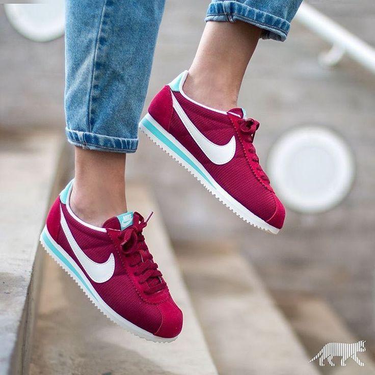 Description. Sneakers femme – Nike Cortez ...