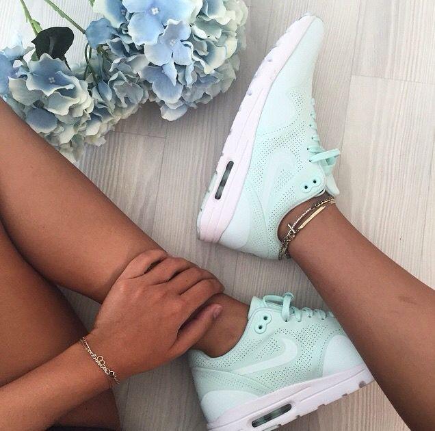 3d03625c38ee Tendance Basket 2017 - Sneakers mint, parfaites pour l'été ...