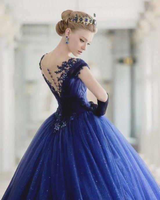 tendance chaussures 2017 robe de mariee bleue collection de whitelink bridal listspirit. Black Bedroom Furniture Sets. Home Design Ideas