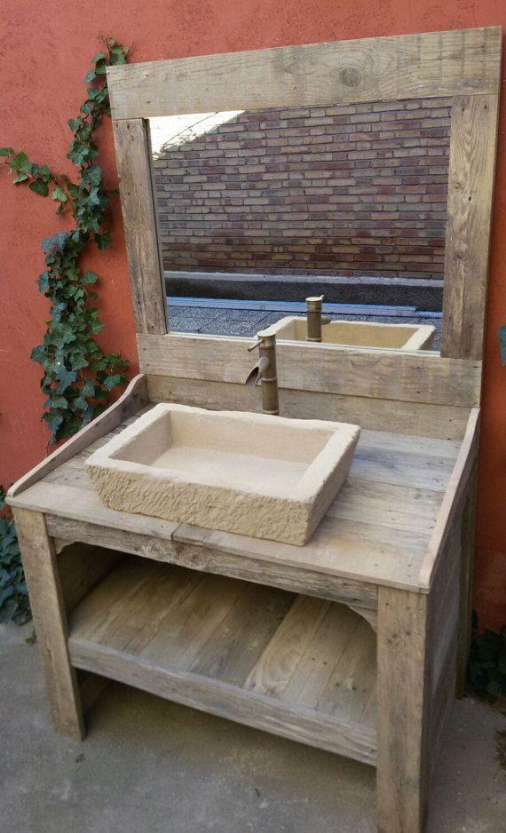 id e d coration salle de bain armoire de salle de bain avec miroir robinet et vier faite de. Black Bedroom Furniture Sets. Home Design Ideas