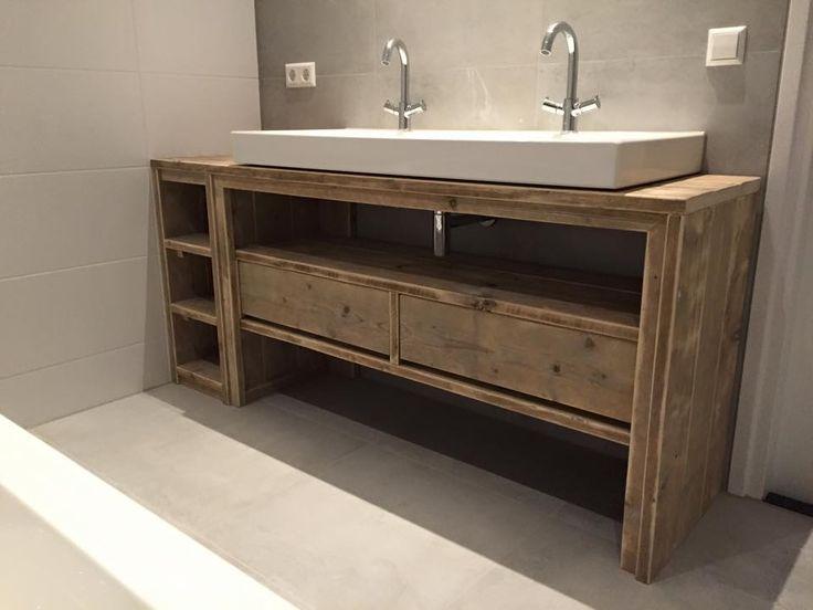 id e d coration salle de bain meuble salle de bain de chez pays bois. Black Bedroom Furniture Sets. Home Design Ideas